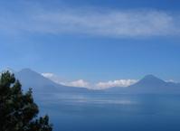 lake atitlan - skies 01
