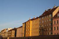 morning light on vienna streets 1