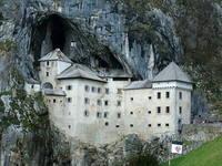 Predjama castle 1
