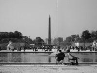 2 people in Paris