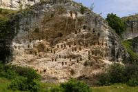 ritual thracian tombs