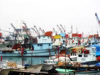 fishing_ships