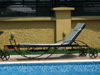 lying chair
