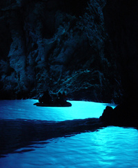 croatia -bisevo - blue cave 1