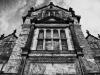 wakehurst black and white