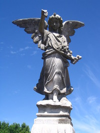 Angel statue #2