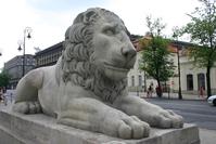 Stone lion statue 2