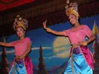 Thai Traditional Dance 2