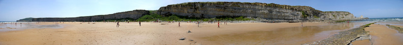 Beach of Gallizano (Santander)