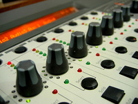 Buttons & Knobs