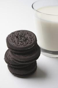 Milk 'n Cookies 1