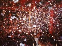 confetis at party