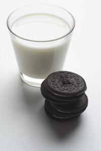 Milk 'n Cookies 2