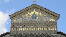 Stable door Amalfi Italy