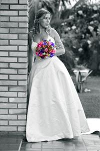 Beautiful Bride with B&W bouquet